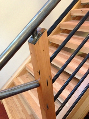 LD Arch Design: Blue View stair railing | Photo by Parie Hines